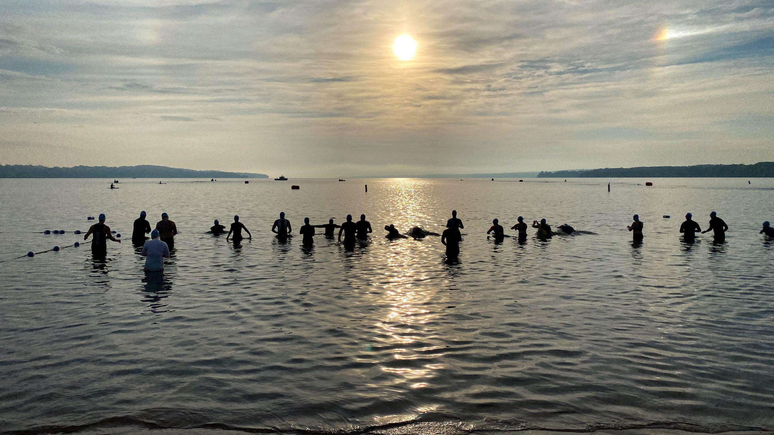 2021 Barrie Triathlon swim start